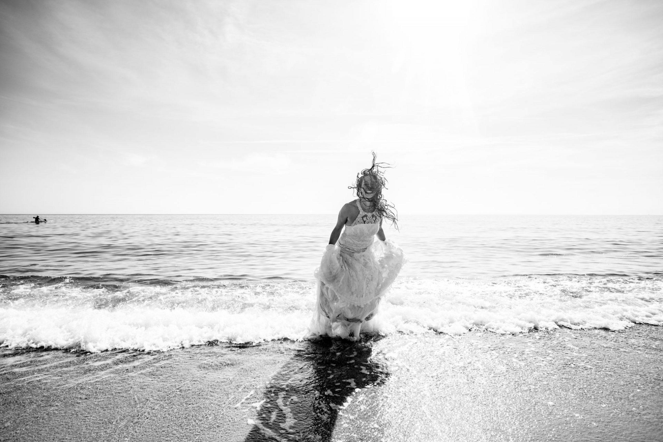 LuzdeBarcelona-postboda-playa-boda-fotografo-cerdanyola-26