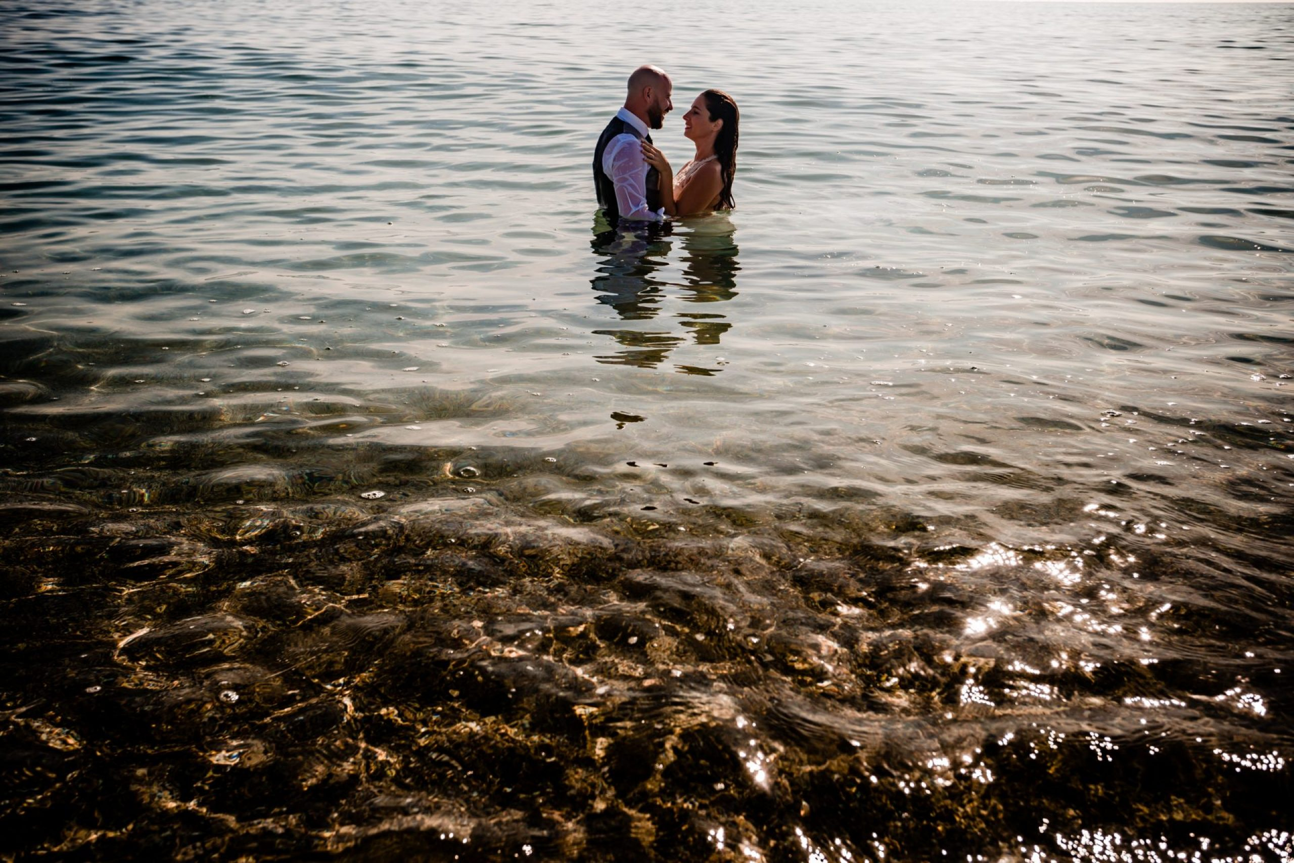 LuzdeBarcelona-postboda-playa-boda-fotografo-cerdanyola-7
